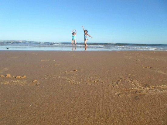 Chez Karon: La plage est à nous :)