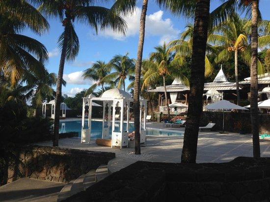 Paradise Cove Boutique Hotel: Main pool area