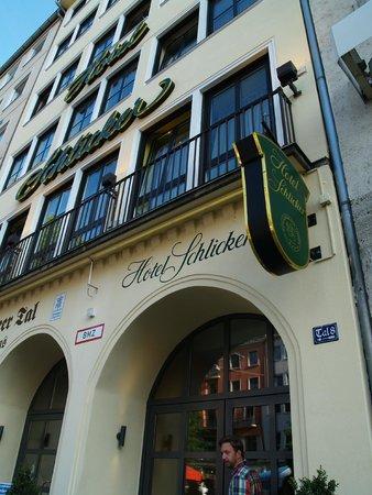 """Hotel Schlicker """"Zum Goldenen Loewen"""": Street view"""