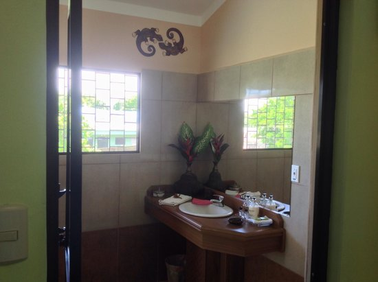 Hotel Inn Jimenez : Rana Bathroom