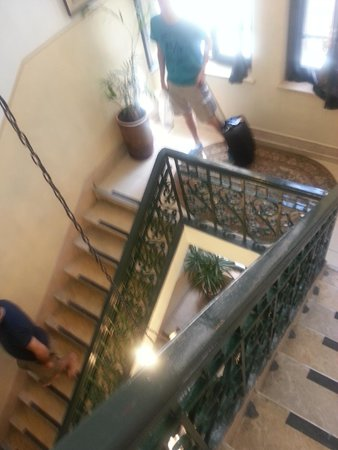 The Jerusalem Little Hotel: Stairs