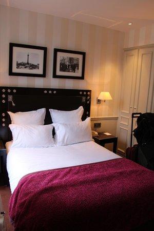 Hotel Duquesne Eiffel: room