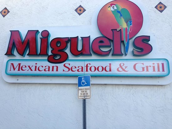 Miguel's Mexican Restaurant : Sign