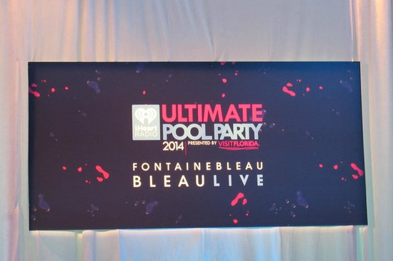 Fontainebleau Miami Beach: Great Pool Party!!