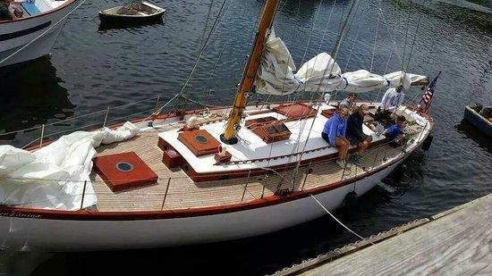 Silverlining Sailing: at Perkins Cove dock