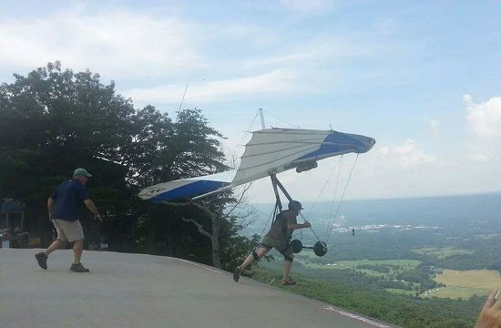 Lookout Mountain Hang Gliding: the jump pad at lookout mtn hang gliding
