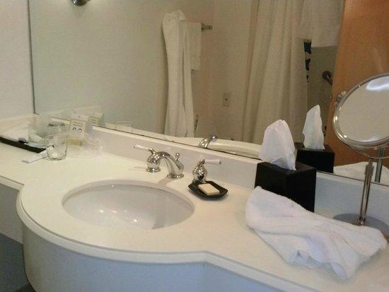 Grand Lucayan, Bahamas: bathroom