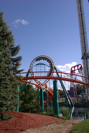 Valleyfair: The Corkscrew, Power Tower, Wild Thing and Extreme Swing