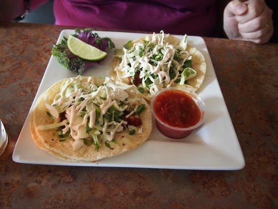 Lightship Restaurant: Fish Tacos