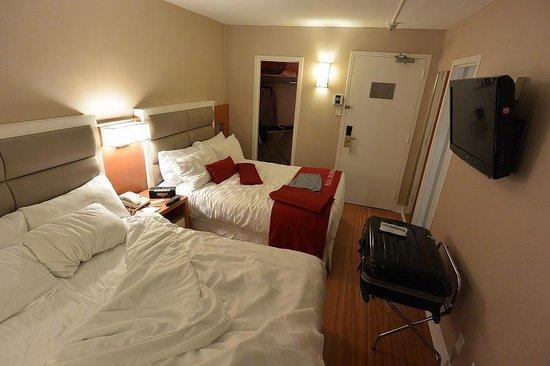 The Strathcona Hotel : こじんまりのサイズ