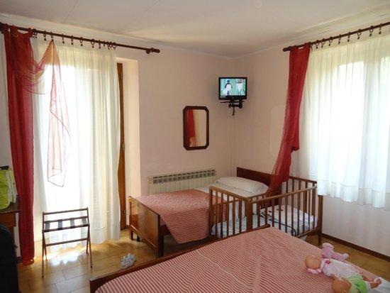 Hotel Residence Sant'Uberto : Camera