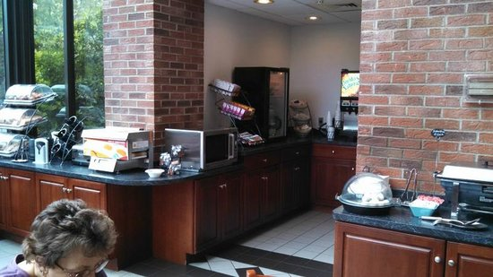 Best Western Danbury/Bethel : Breakfast area - 1st floor