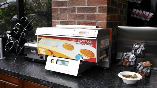 Best Western Danbury/Bethel : Great automatic waffle maker- looks like a fax machine