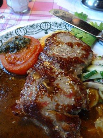 Restaurant Grøften: Veal in port sauce