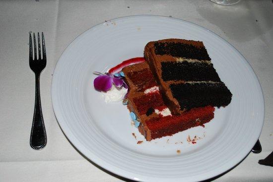 Arizona Grand Resort & Spa: Cake