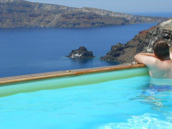 Nostos Apartments: Pool