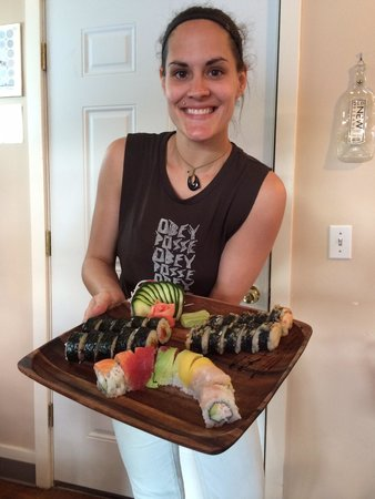 Flyin' Hawaiian Sushi: Sushi artists present their delights on Koa serving trays, this place spares no expense on quali