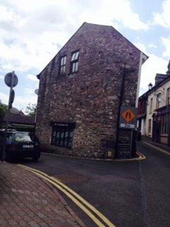 Don & Barry's Historic Stroll in Old Kinsale: Historic Bldg - Kinsale