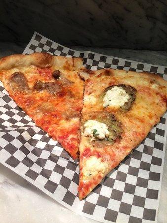 Secret Pizza : My hubs choices