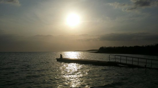 Hotel Rancho Luna: Sunset at the dock