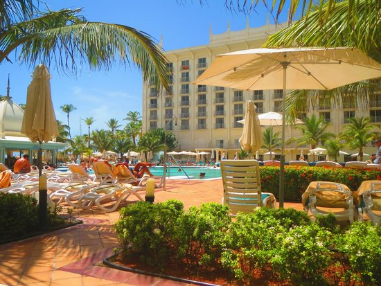 Hotel Riu Palace Aruba: Swimming Pools Area
