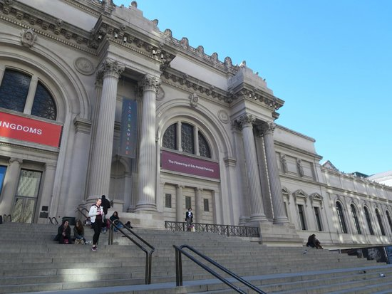 an analysis of the trip to the metropolitan museum of art The metropolitan museum of art wins a restitution case over pablo picasso's the actor, sold by german jewish collectors fleeing the nazis.