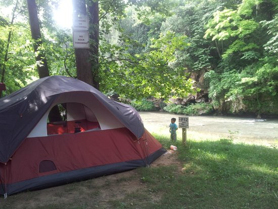 Shenandoah Valley Campground : sleeping hearing the water flow, priceless