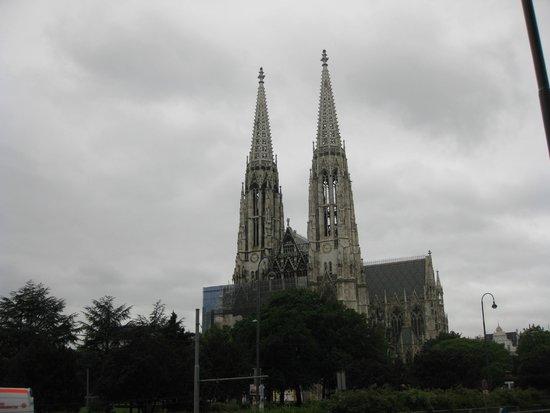Votivkirche: Votive Church vista de fora