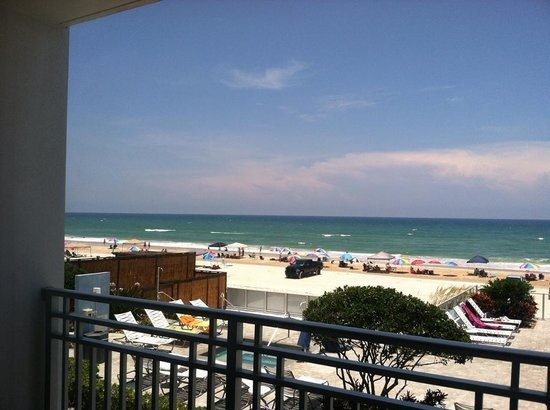 Lotus Boutique Inn & Suites Daytona Beach / Ormond Beach: The view from our room