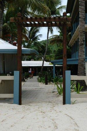 Villa Flamenco Beach: Beach entrance