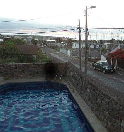 Pimampiro Hosteria: La vista desde el balcón de la habitación 1