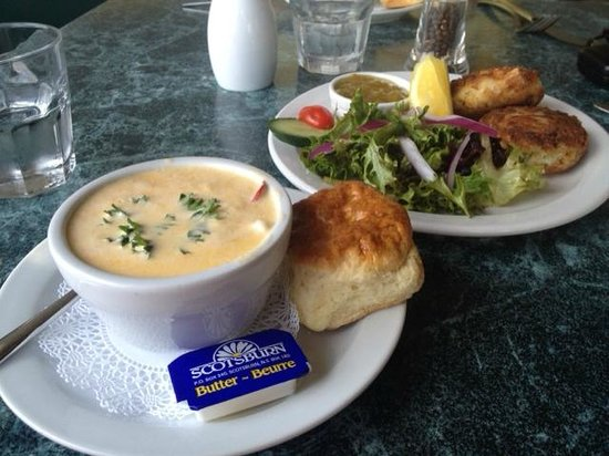 Seaside Shanty: Best chowder in Nova Scotia! Great bang for your buck.
