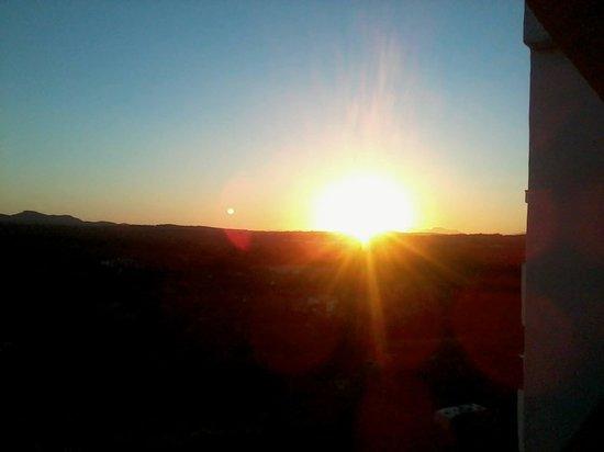 Monteverde Hotel: Sunset from the balcony