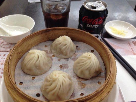 Crystal Jade: Shanghai dumplings & a Coke Zero. It doesn't get any better!