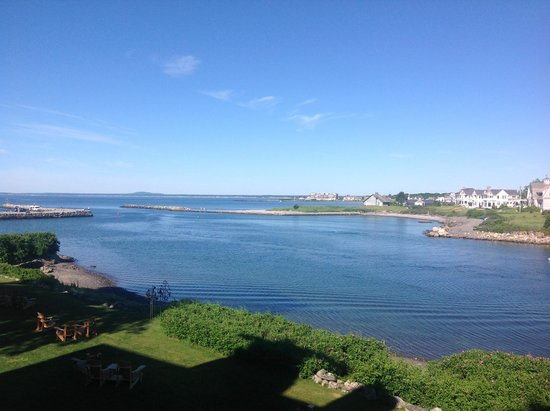 The Breakwater Inn and Spa: View of the Kennebunk River as it meets the ocean.