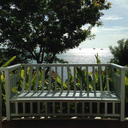 Amatara Wellness Resort: Porch at Pool Villa