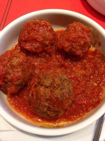 La Pícara Sitges: Meatballs