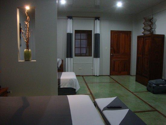 Hotel Plaza Yara : My huge room