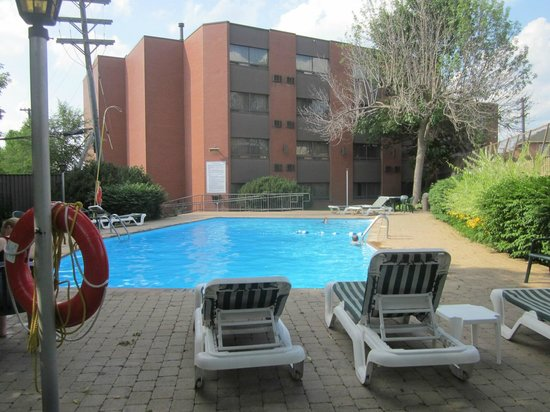 Best Western Plus Ottawa City Centre : pool