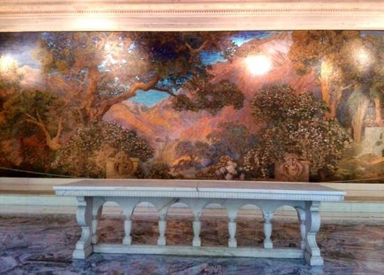 Dream Garden Glass Mosaic : cool marble lobby in the Curtis Center