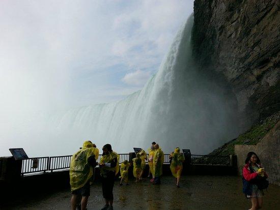 "Niagara Falls from"" behind the falls"" tour"