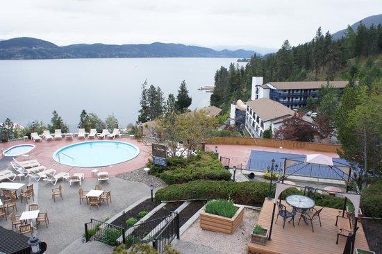 Lake Okanagan Resort : pool area