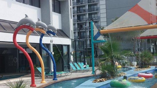 Dayton House Resort: updated lazy river