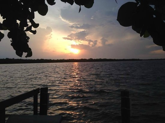 Matlacha Cottages : Sunsets are beautiful.