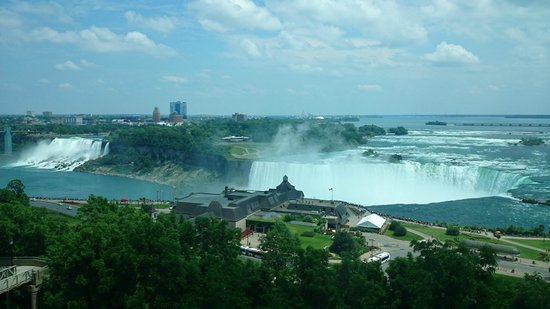 Niagara Falls Marriott Fallsview Hotel & Spa: Beautiful way to wake up