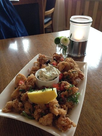 Lakeside Dining Room : calamari