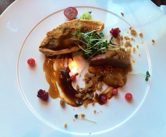 Bistro 101 at Pacific Institute of Culinary Arts : Duck confit