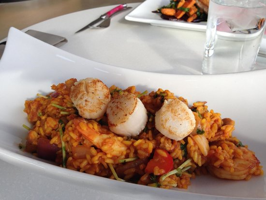 The Vanilla Pod Restaurant: seafood paella