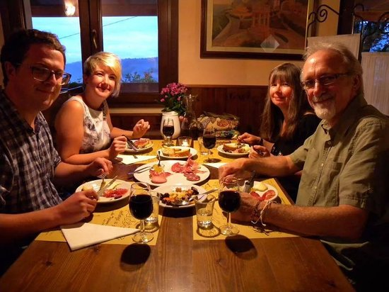 Osteria Scherzi A Parte: Diners from England and New Zealand