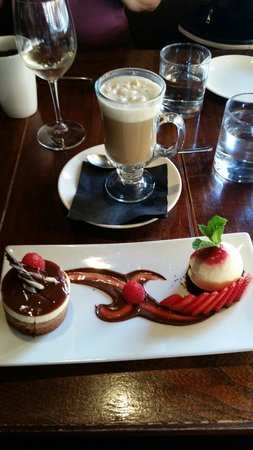 The Trough Dining Co.: Yummy chocolate. .